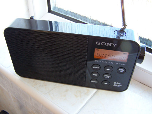 Sony-xdr-s40dpb DAB and DAB+ portable radio receiver review